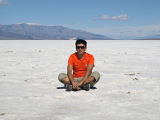 see ei ole lumi ... at Badwater