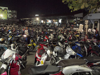 Chiang Rai, Night Market, parkla